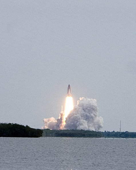 Tallahassee「Space Shuttle Endeavor's Final Takeoff」:写真・画像(6)[壁紙.com]