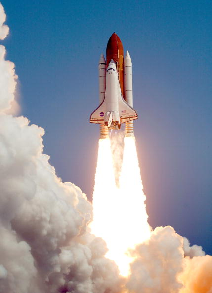 Space Shuttle Discovery「NASA Returns To Flight With Launch of Space Shuttle Discovery」:写真・画像(15)[壁紙.com]