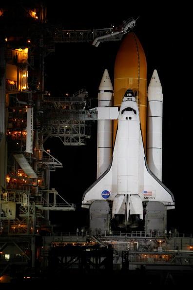 Hubble Space Telescope「NASA Prepares For Launch of Space Shuttle Atlantis」:写真・画像(12)[壁紙.com]