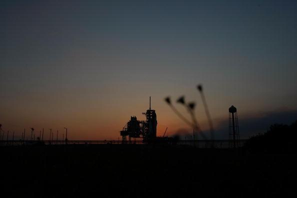 Hubble Space Telescope「NASA Prepares For Launch of Space Shuttle Atlantis」:写真・画像(11)[壁紙.com]