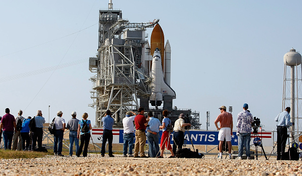 Hubble Space Telescope「NASA Prepares For Launch of Space Shuttle Atlantis」:写真・画像(9)[壁紙.com]