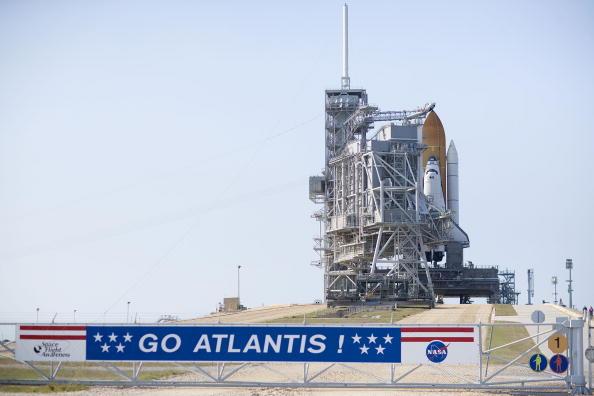 Hubble Space Telescope「NASA Prepares For Launch of Space Shuttle Atlantis」:写真・画像(0)[壁紙.com]