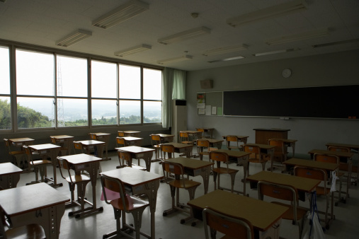 Part of a Series「Empty classroom」:スマホ壁紙(8)
