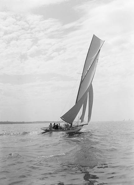 Cutting「The 10 Metre Class Sailing Yacht Irex」:写真・画像(10)[壁紙.com]