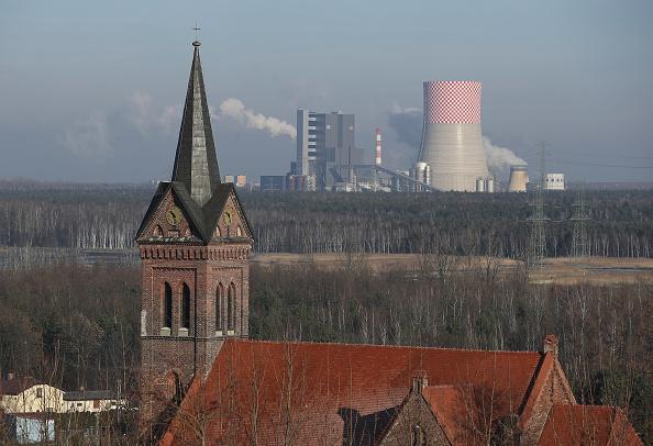 Horizontal「Poland, Dependent On Coal, Hosts UN Climate Conference」:写真・画像(4)[壁紙.com]
