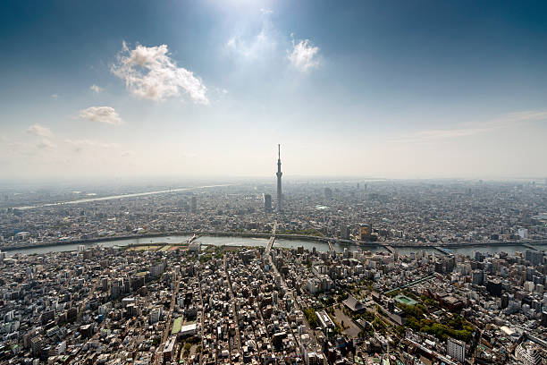 The Tokyo Skytree Tower from the air:スマホ壁紙(壁紙.com)
