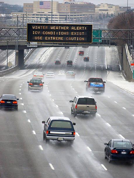 Winter Ice Storm Coats Atlanta:ニュース(壁紙.com)