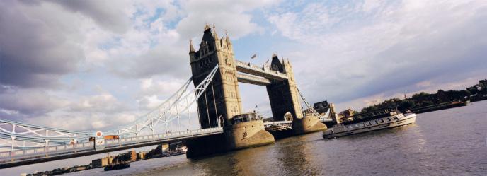 London Bridge - England「Tower bridge on Thames River」:スマホ壁紙(14)
