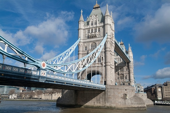 Sunny「Tower Bridge」:写真・画像(1)[壁紙.com]