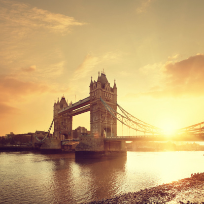 Dawn「Tower Bridge & Thames river at dawn」:スマホ壁紙(15)