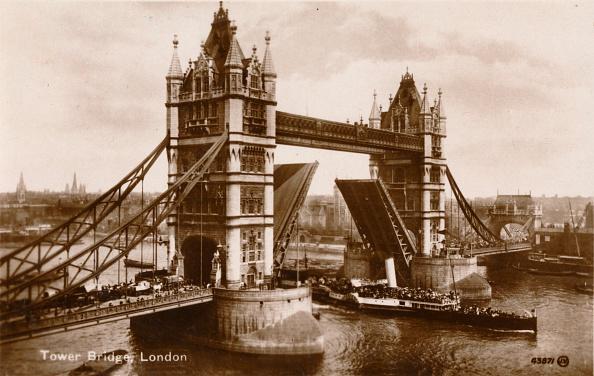 Gothic Style「Tower Bridge, London', c1910」:写真・画像(19)[壁紙.com]