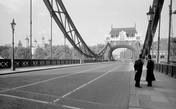 Sparse「Tower Bridge」:写真・画像(8)[壁紙.com]
