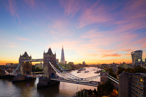 London Bridge - England「Tower Bridge and The Shard at sunset, London, England, UK」:スマホ壁紙(14)