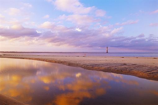 Charleston - South Carolina「Morris Island Lighthouse From Folly Island Beach」:スマホ壁紙(19)