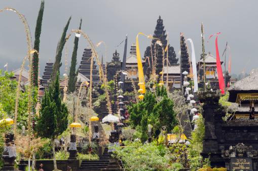 Mt Agung「Colourful Besakih temple」:スマホ壁紙(14)