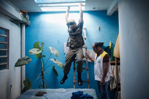 クライミング「Brazil Faces New Health Epidemic As Mosquito-Borne Zika Virus Spreads Rapidly」:写真・画像(12)[壁紙.com]