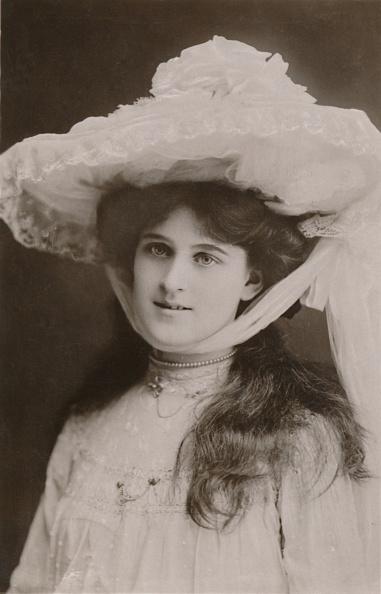 Edwardian Style「Miss Zena Dare」:写真・画像(6)[壁紙.com]