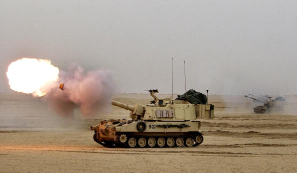 Infantry「U.S. Soldiers In Kuwait Train For Possible War With Iraq」:写真・画像(19)[壁紙.com]