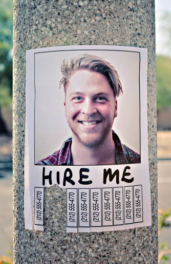Telephone Number「'Hire Me' sign stuck to a lamp post」:スマホ壁紙(17)