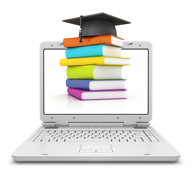 books with mortar board in laptop:スマホ壁紙(壁紙.com)