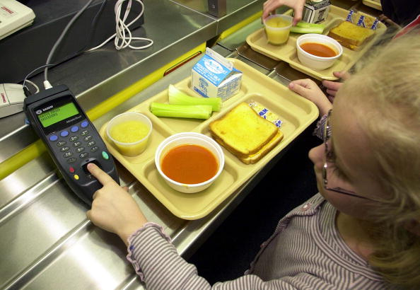 Tray「Students Using Fingerprints to Buy Lunch」:写真・画像(5)[壁紙.com]