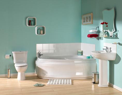 Green Color「Large luxurious bathroom」:スマホ壁紙(12)