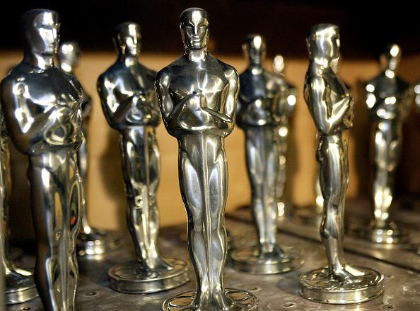 Award「Making of the Oscar Statuette」:写真・画像(15)[壁紙.com]
