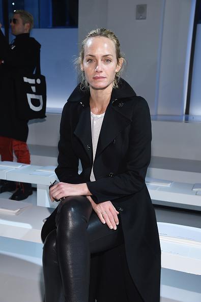 アンバー ヴァレッタ「Calvin Klein Collection - Front Row - February 2017 - New York Fashion Week」:写真・画像(8)[壁紙.com]