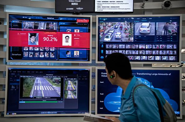 Achievement「Inside Huawei, China's Tech Giant」:写真・画像(8)[壁紙.com]