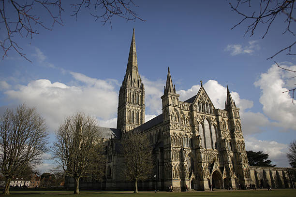 Salisbury Cathedral Opens Exhibition To Commemorate the 800th Anniversary Of The Magna Carta:ニュース(壁紙.com)