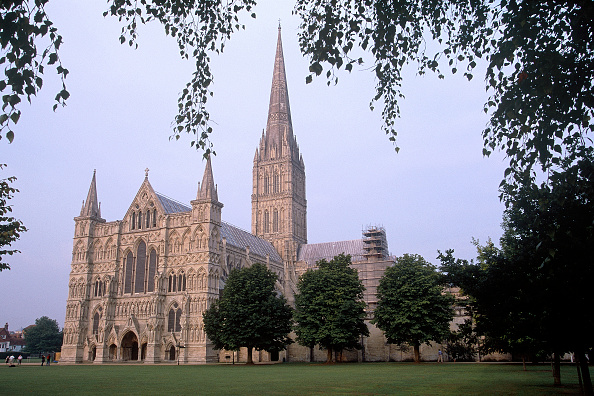 Salisbury Cathedral「Salisbury Cathedral. Wiltshire, United Kingdom.」:写真・画像(1)[壁紙.com]
