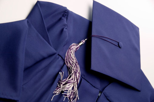 Graduation Gown「Graduation cap and gown」:スマホ壁紙(1)