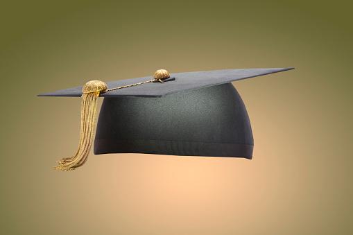 Graduation「Graduation Cap – Olive」:スマホ壁紙(2)