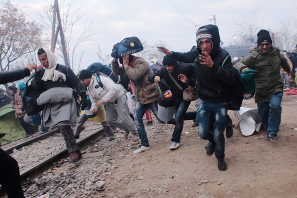 Roped Off「Migrants Stuck On Greek Border As New Restrictions Are Enforced」:写真・画像(15)[壁紙.com]