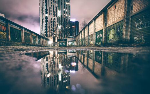 Rotting「Urban reflection.」:スマホ壁紙(19)