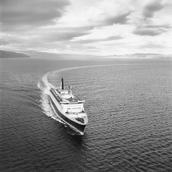 Ship「QE2 Speed Trials」:写真・画像(3)[壁紙.com]