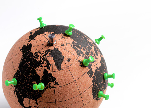 Global Village「Globe with push pin destinations」:スマホ壁紙(18)