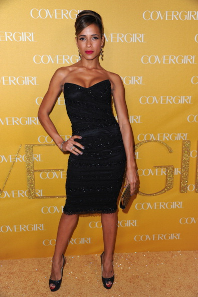 Strapless Dress「Covergirl Cosmetics' 50th Anniversary Party - Arrivals」:写真・画像(1)[壁紙.com]