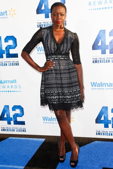 """Scalloped - Pattern「Premiere Of Warner Bros. Pictures' And Legendary Pictures' """"42"""" - Arrivals」:写真・画像(1)[壁紙.com]"""