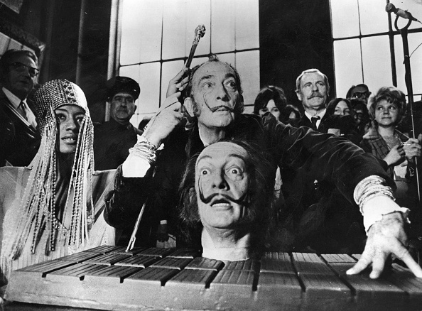 Spanish Culture「Salvador Dali」:写真・画像(10)[壁紙.com]
