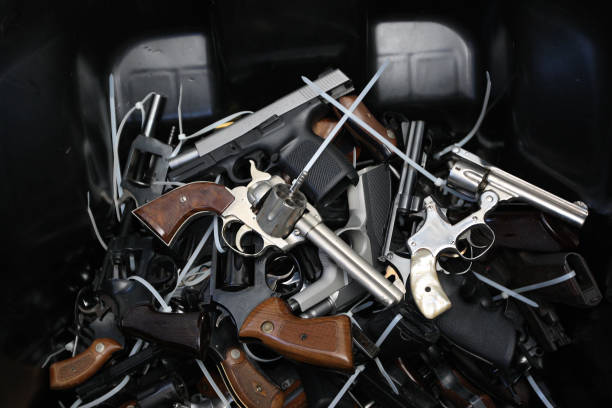 In Wake Of UCSB Killings, Los Angeles Holds Gun Buyback Program:ニュース(壁紙.com)