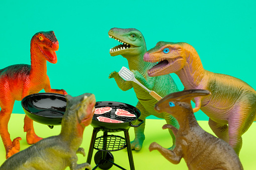 Party - Social Event「Fun Colourful Toy Dinosaurs Conceptual Scene - BBQ Meat Eaters」:スマホ壁紙(1)