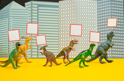 Protestor「Fun Colourful Toy Dinosaurs Conceptual Scene - Picketing」:スマホ壁紙(16)