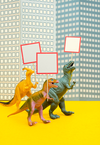 Protestor「Fun Colourful Toy Dinosaurs Conceptual Scene - Picketing」:スマホ壁紙(18)