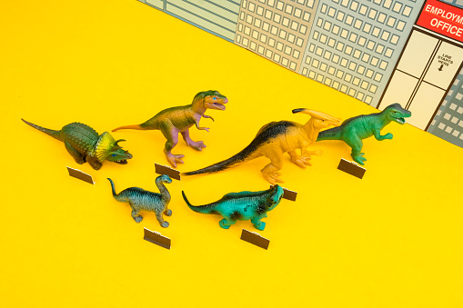 Cartoon「Fun Colourful Toy Dinosaurs Waiting In Line At The Unemployment Office」:スマホ壁紙(18)