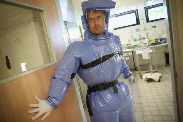 Entering「Berlin Hospital Prepares For Possible Ebola Cases」:写真・画像(9)[壁紙.com]