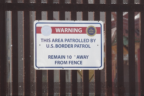 Scott Olson「Border Wall Funding The Focus Of Continued Partial Government Shutdown」:写真・画像(0)[壁紙.com]