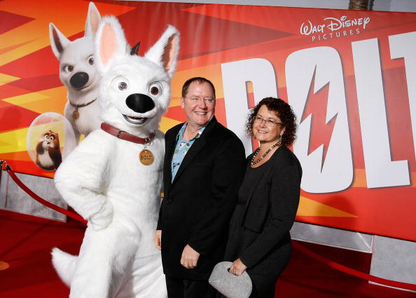 """El Capitan Theatre「Premiere Of Walt Disney Animation Studios' """"Bolt"""" - Arrivals」:写真・画像(12)[壁紙.com]"""