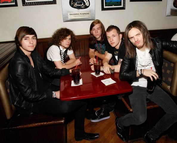 Keyboard Player「Ambassadors Of Rock V.I.P. Pre-Concert Party At The Hard Rock Cafe」:写真・画像(9)[壁紙.com]