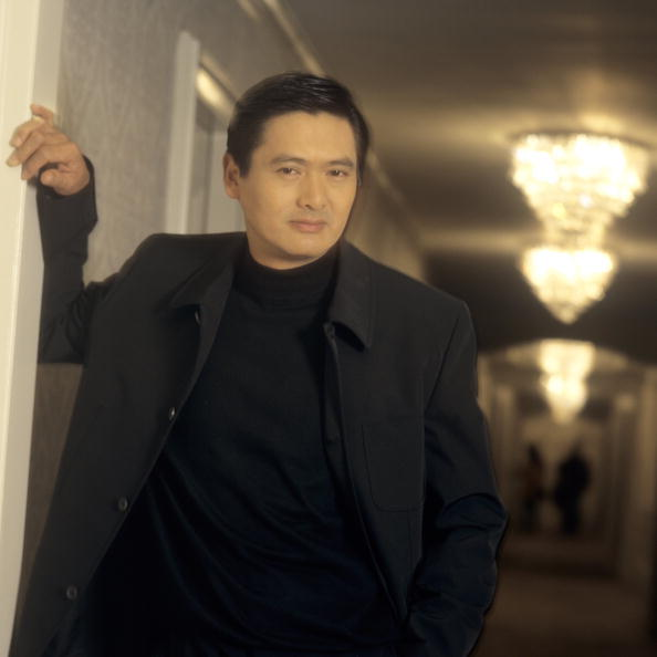 Bob Berg「Chow Yun Fat Portrait Session」:写真・画像(17)[壁紙.com]